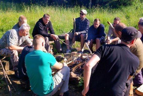 Team-Survival-1369