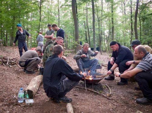 Team-Survival-11266