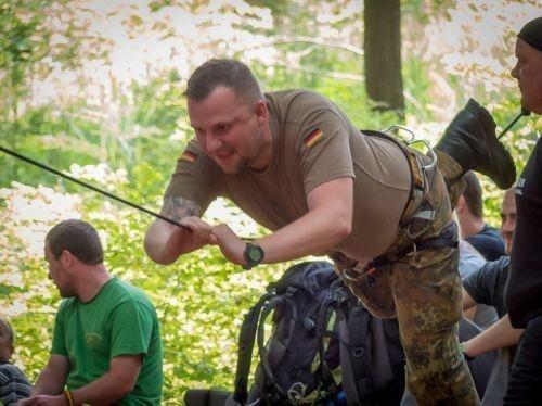 Team-Survival-11286
