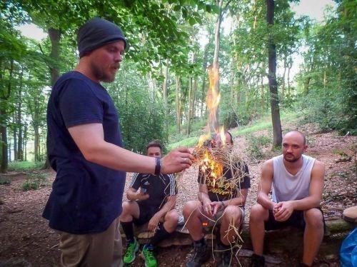 Team-Survival-4536
