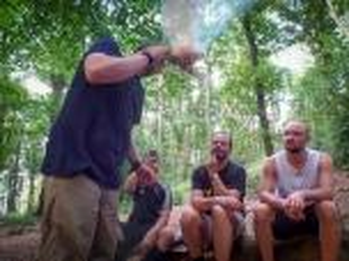 Team-Survival-4538