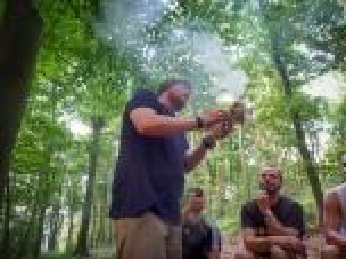 Team-Survival-4539
