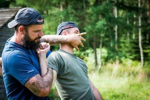 Team-Survival-6496