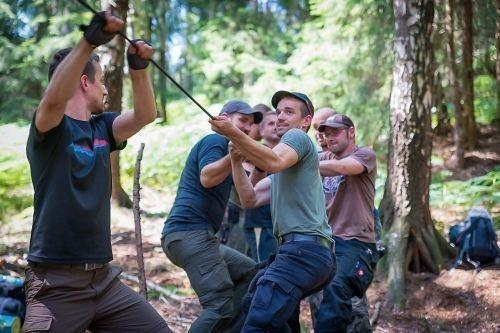 Team-Survival-6627