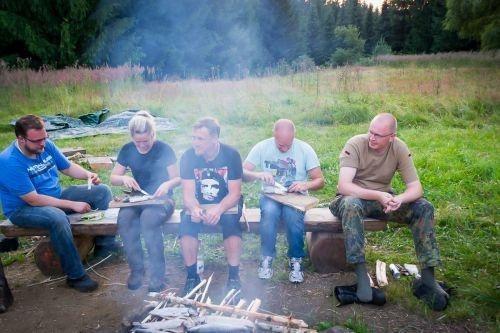 Team-Survival-7351
