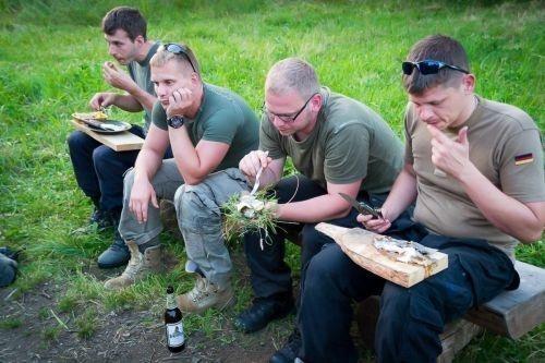Team-Survival-7352