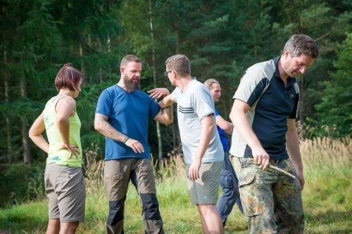 Team-Survival-10414