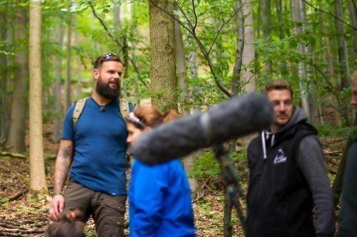 Team-Survival-4110