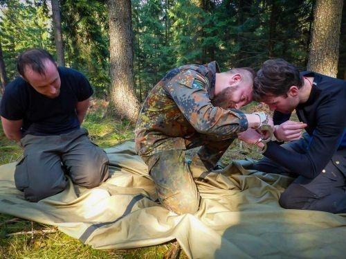 Team-Survival-4463