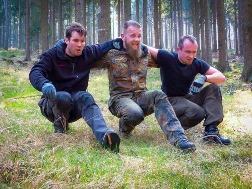 Team-Survival-4476