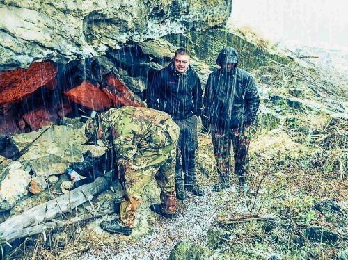 Team-Survival-4652