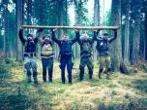 Team-Survival-5556