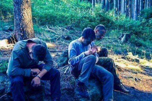 Team-Survival-5783