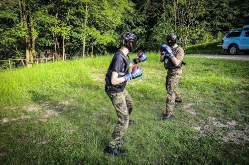 Team-Survival-6039