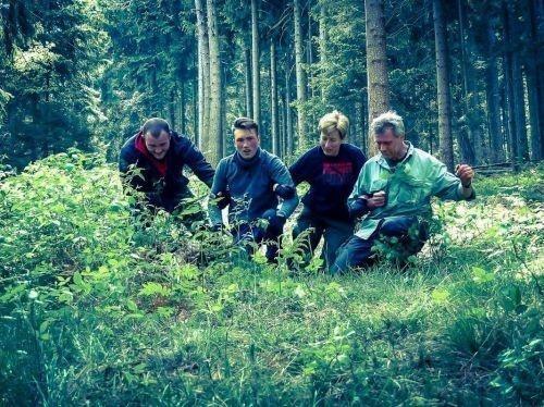 Team-Survival-6372