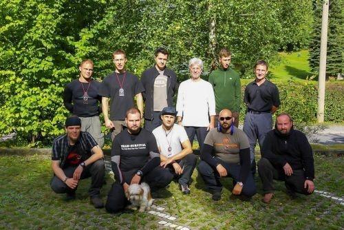 Team-Survival-10314