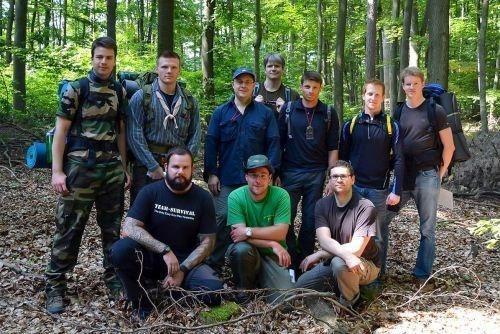 Team-Survival-12105