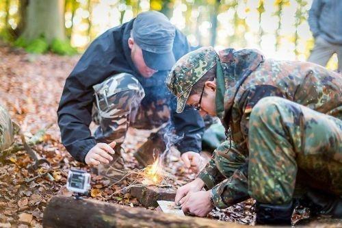Team-Survival-12602