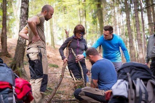 Team-Survival-8799