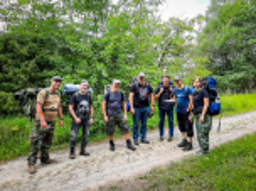 Team-Survival-14407